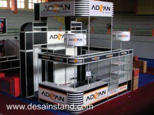 foto kontraktor booth komputer
