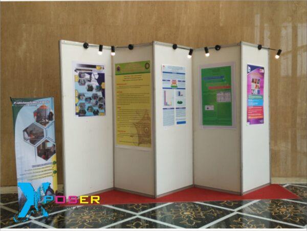 panel partisi pameran