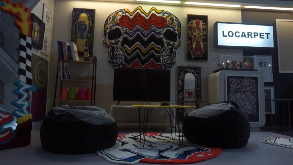 booth-locarpet-minimalis